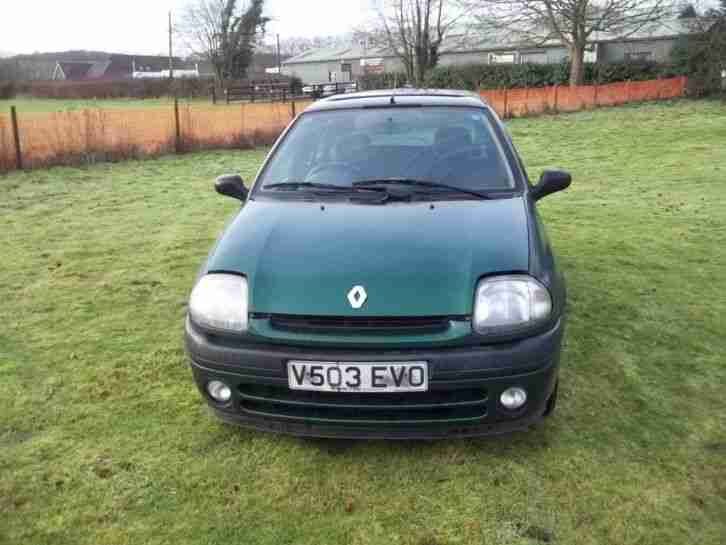 renault 2002 clio sport 172 blue half leather interior alloy wheels. Black Bedroom Furniture Sets. Home Design Ideas