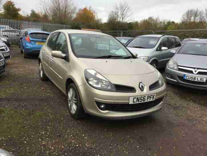 Renault Clio 1.6. Renault car from United Kingdom