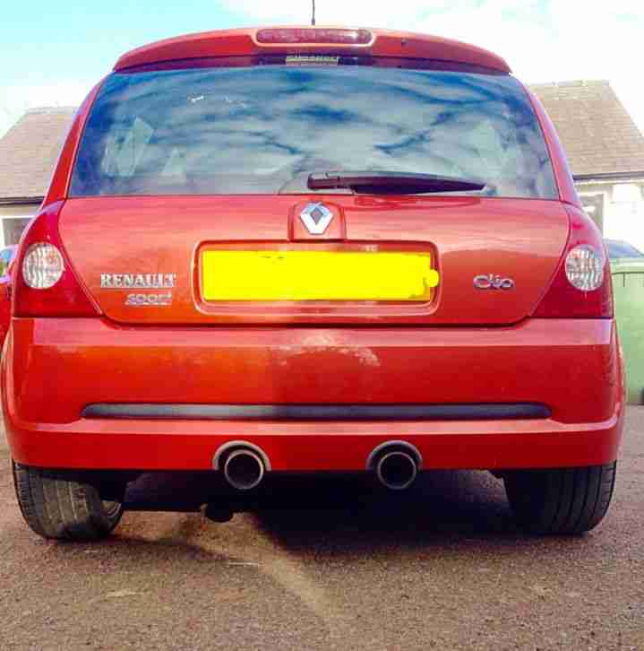 Used 2010 Renault Renaultsport Clio Renaultsport For Sale: Renault Clio 182 2.0 16V Full Fat Both Cup Packs. Car For Sale
