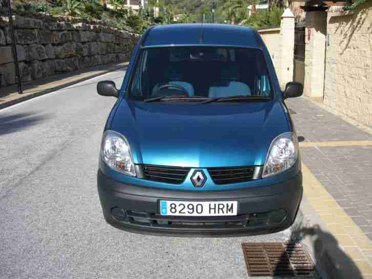 Renault Kangoo Auto Wheelchair Mobility Van,Stunning cond,not LHD in Spain.
