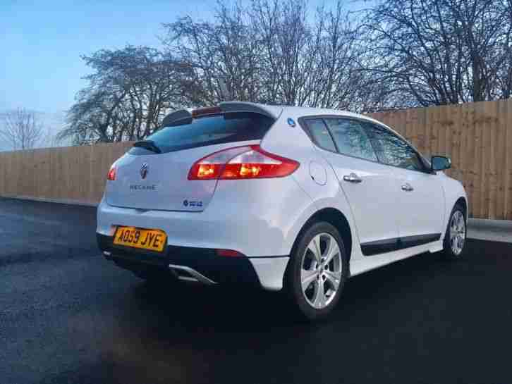 Renault Megane World Series 1.6VVT Dynamique 5Door