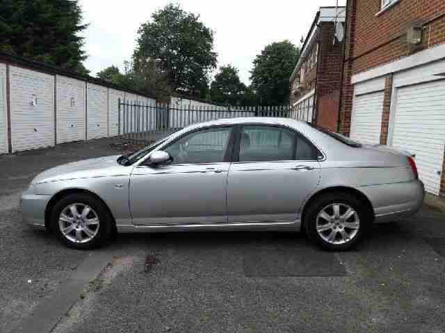 Rover 75 classic in silver showroom condition