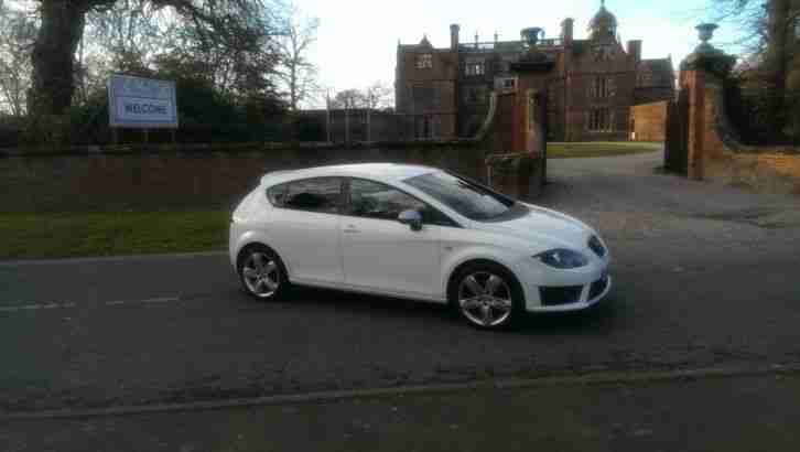 seat leon fr 2010 repaired cat c car for sale. Black Bedroom Furniture Sets. Home Design Ideas