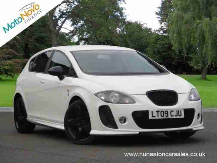 SEAT LEON TDi 170 FR White Manual Diesel,