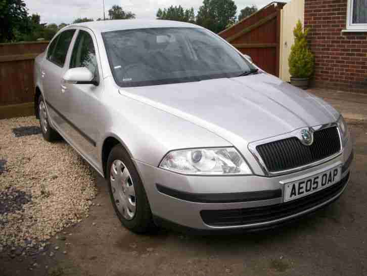 skoda octavia tdi sport 2005 with sat nav car for sale. Black Bedroom Furniture Sets. Home Design Ideas