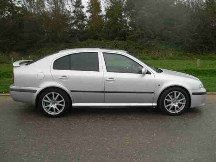 Skoda OCTAVIA VRS. Skoda car from United Kingdom