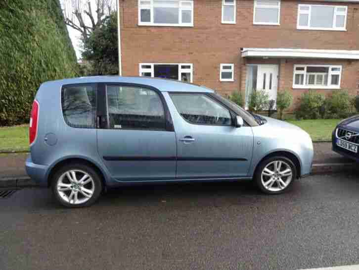 Skoda ROOMSTER 1.6. Skoda car from United Kingdom