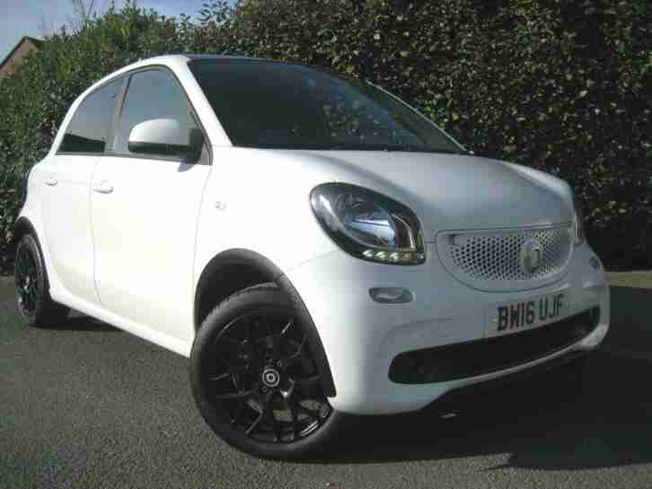 FORFOUR EDITION WHITE TURBO AUTO 1