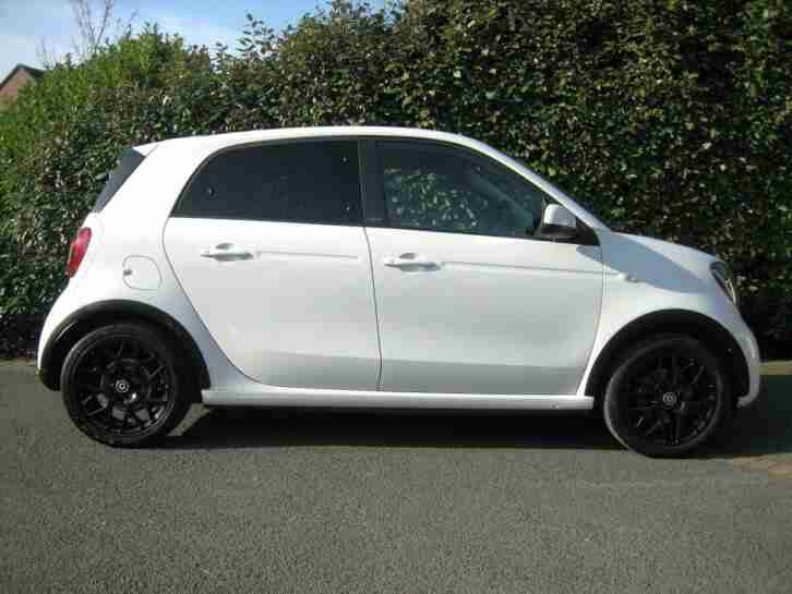 SMART FORFOUR EDITION WHITE TURBO AUTO *1 FEMALE OWNER - FULL MERC HISTORY*