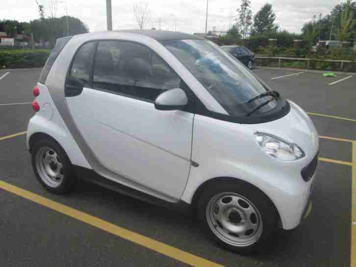 SMART FORTWO PURE 2012 MODEL 1 OWNER FROM NEW