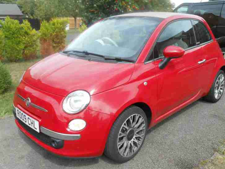 STUNNING FIAT 500C LOUNGE CONVERTIBLE DIESEL LOW MILES TOP SPEC