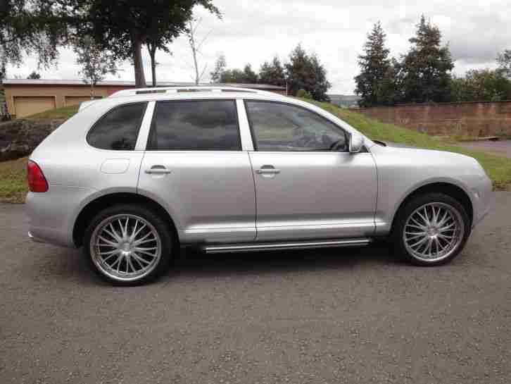 STUNNING SILVER CAYENNE TIPTRONIC