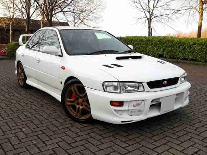 subaru impreza sti 2 0 turbo version 6 white 4 door car. Black Bedroom Furniture Sets. Home Design Ideas