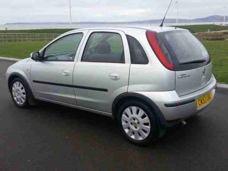 superb 2004 53 vauxhall corsa 1 3 cdti turbo diesel 5 door silver. Black Bedroom Furniture Sets. Home Design Ideas