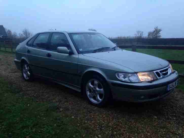 Saab 9-3 93 2.2 tid diesel French registered with towbar fsh low miles REDUCED