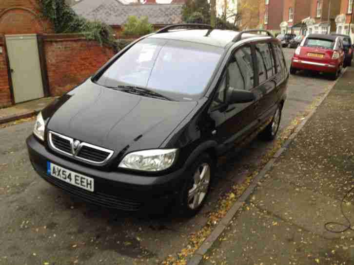 black vauxhall zafira 2004 good condition 1 years mot 119k miles. Black Bedroom Furniture Sets. Home Design Ideas