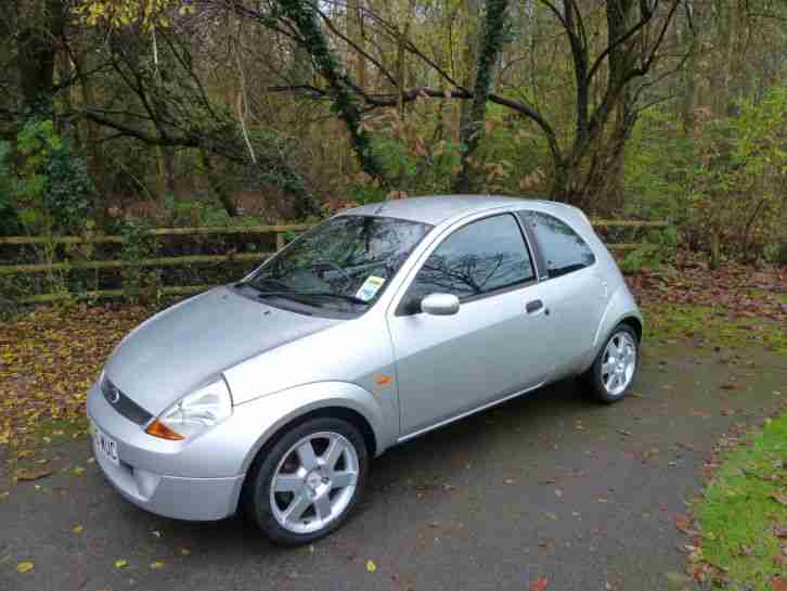 ford silver ka 1 6 sport 2005 reg 36 000 miles car for sale. Black Bedroom Furniture Sets. Home Design Ideas