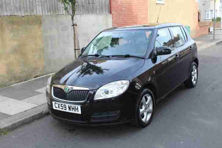 skoda fabia 1 2 htp 12v 70bhp car for sale. Black Bedroom Furniture Sets. Home Design Ideas