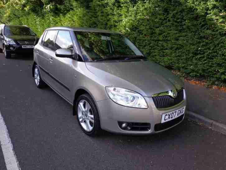 skoda fabia 1 4 16v 3 85bhp car for sale. Black Bedroom Furniture Sets. Home Design Ideas