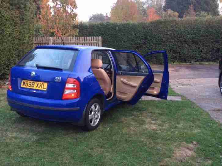 Skoda Fabia 1.4 16v Elegance 5 door manual blue