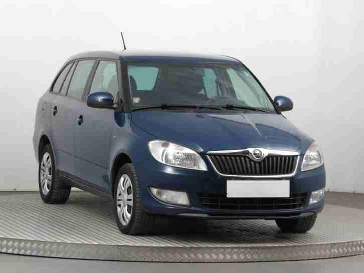 skoda fabia se tsi estate 1 2 petrol automatic blue 2014. Black Bedroom Furniture Sets. Home Design Ideas