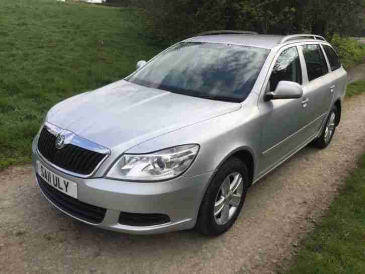 Skoda Octavia 1.6TDI CR 105 SE Estate, 2011 11 in Brilliant Silver