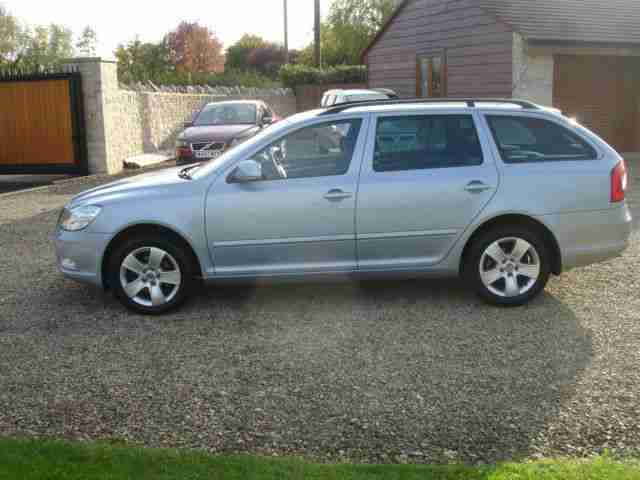 Skoda Octavia 1.9TDI Elegance ESTATE One Owner Full History
