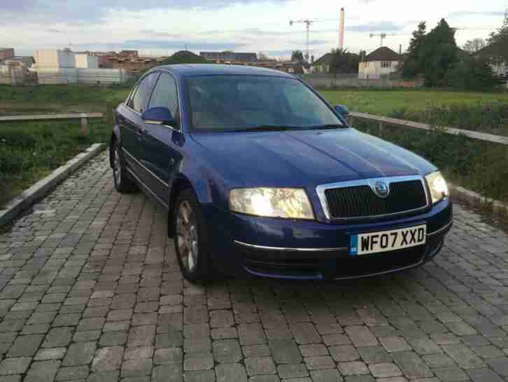 Superb 2.5TDI V6 auto Laurin & Klement