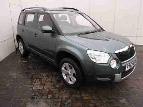 skoda yeti 2 0 tdi cr 110 bhp 4x4 5dr hatchback fsh 6 car for sale. Black Bedroom Furniture Sets. Home Design Ideas