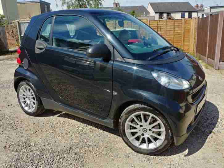 Smart Car 2010 fortwo passion CDI 54 A Coupe Diesel in Black