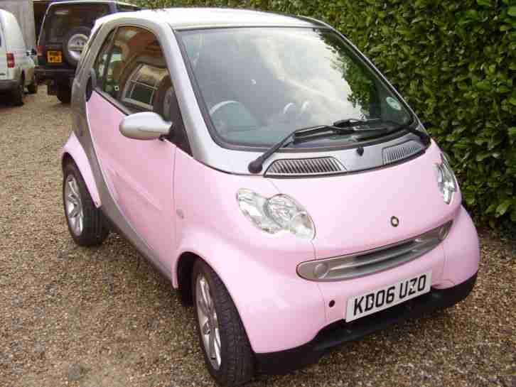 smart fortwo pink limited edition car for sale. Black Bedroom Furniture Sets. Home Design Ideas