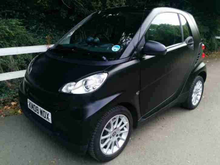 Smart Fortwo 1.0. Smart car from United Kingdom