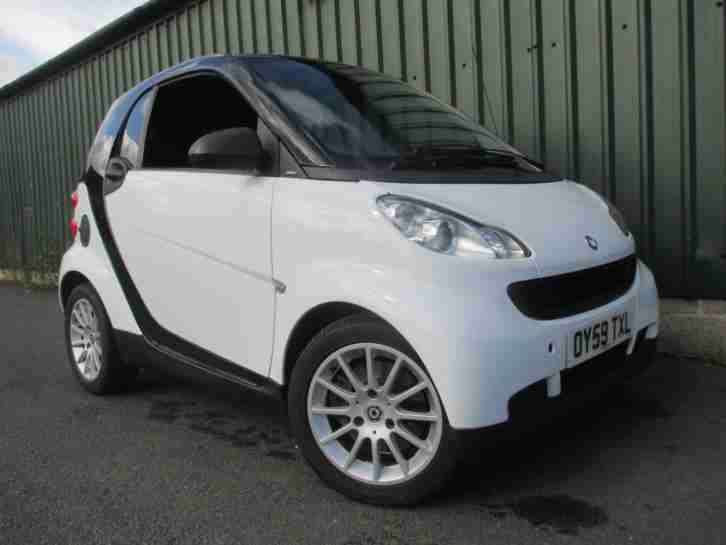fortwo 1.0 Passion SERVICE HISTORY, £20