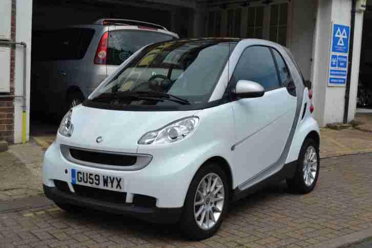 smart fortwo diesel 45bhp passion 2009 only 1 400. Black Bedroom Furniture Sets. Home Design Ideas
