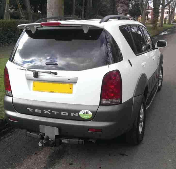 Ssangyong Rexton 2.9 SE7 Auto Diesel. 7 Seater 4x4. DVD