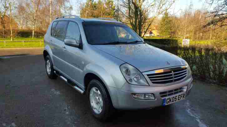 Ssangyong Rexton RX270 xdi se Top model Great Condition