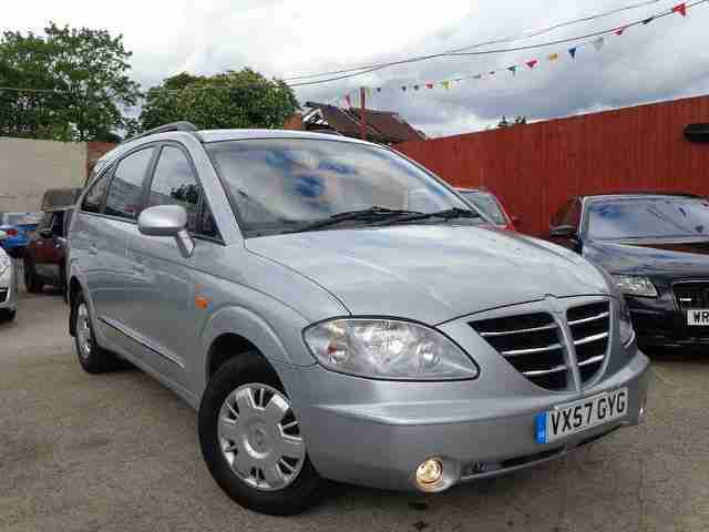 Ssangyong Rodius 2.7TD. Ssangyong car from United Kingdom