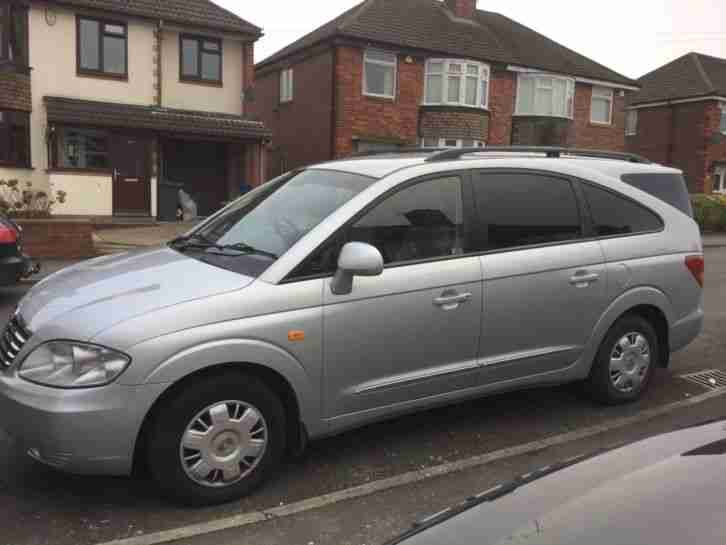 Ssangyong Rodius . Ssangyong car from United Kingdom