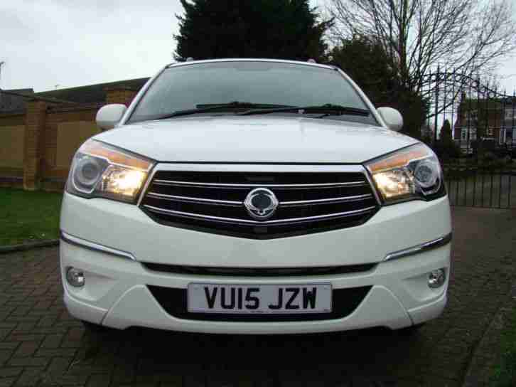 Ssangyong Turismo 2.0TD ( 155ps ) AWD T-Tronic EX
