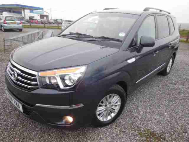 Ssangyong Turismo 2.0TD ( 155ps ) ES