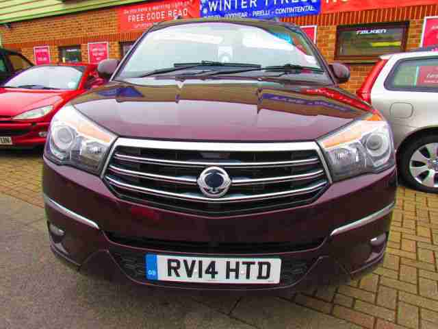 Ssangyong Turismo 2.0TD. Ssangyong car from United Kingdom