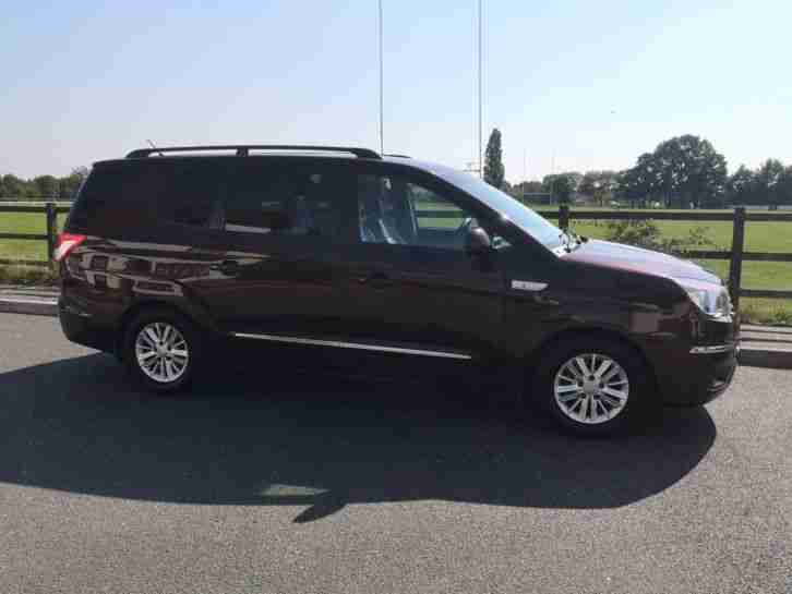 Ssangyong Turismo Rodius ES 2.0 TD 7 Setter Car 2013