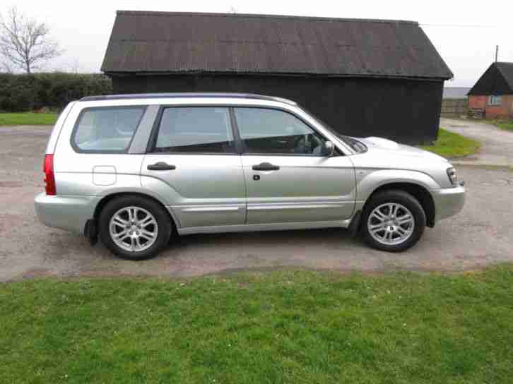 subaru forester 2 5 xt factory sat nav 10 services car for sale. Black Bedroom Furniture Sets. Home Design Ideas