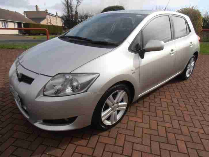 AURIS T180 D CAT, Silver, Manual,