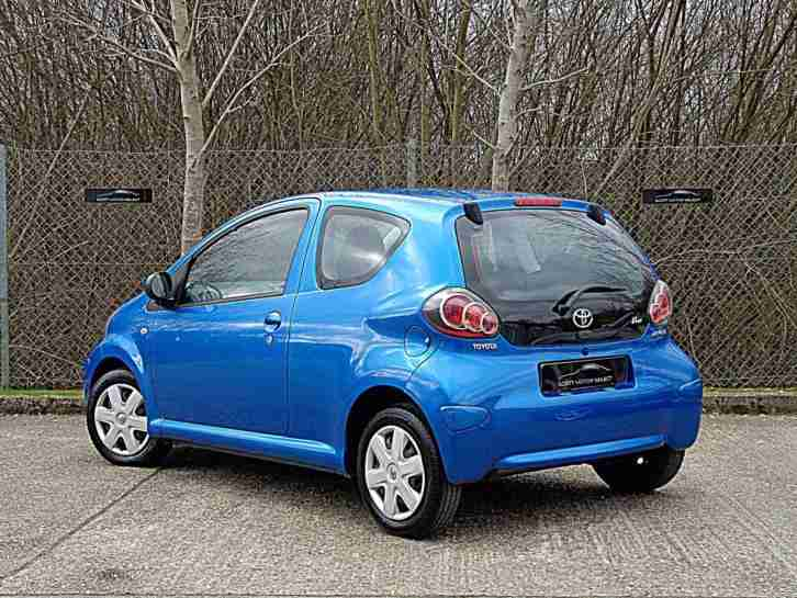 toyota aygo 1 0 vvt i 2010my aygo blue car for sale. Black Bedroom Furniture Sets. Home Design Ideas