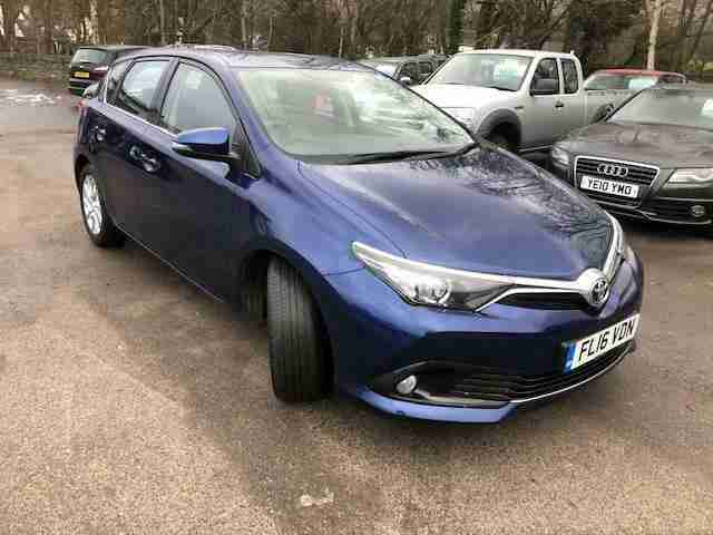 Toyota Auris 1.6D. Toyota car from United Kingdom