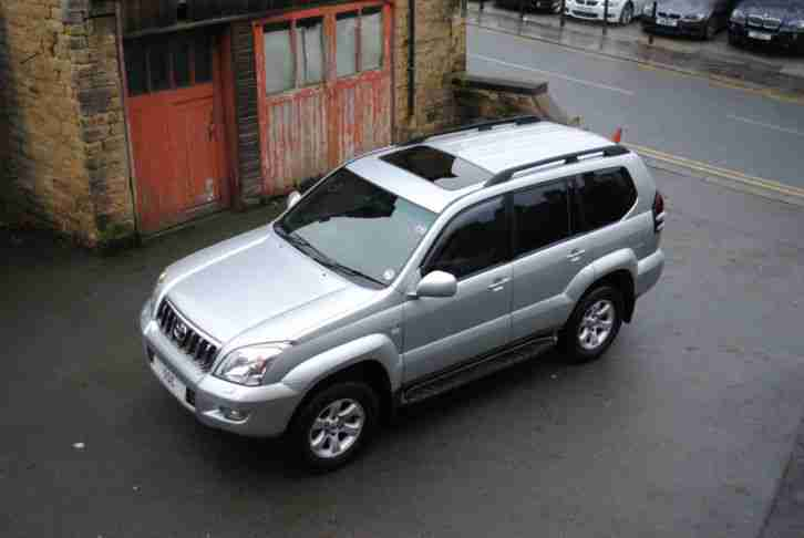 Land Cruiser 3.0 D 4D auto LC5 WITH