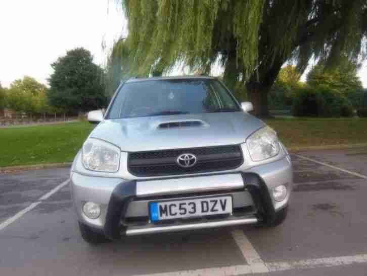 Toyota RAV4 2.0 D-4D XT2 2004 FULL BLACK LEATHER ALLOYS TOWBAR DIESEL 4X4 SUV