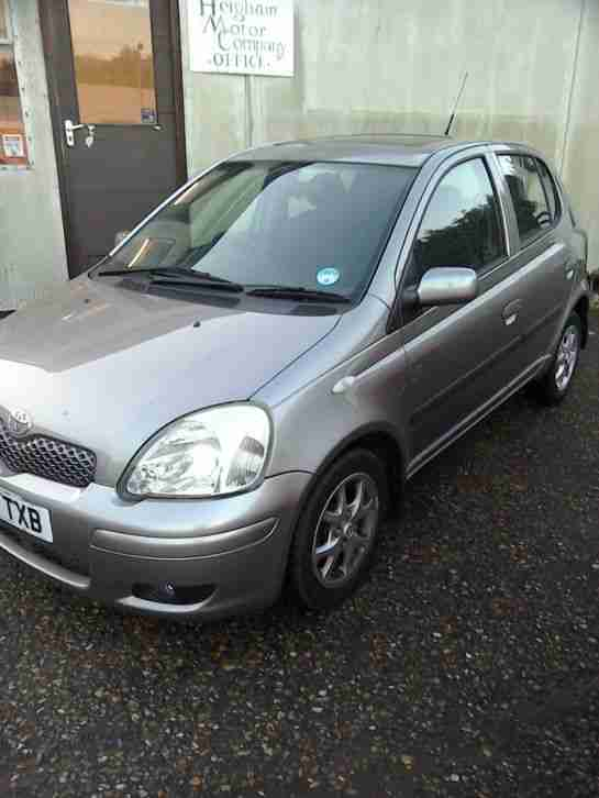 Toyota Yaris 1.3 VVT-i Auto 2003 54,000 FSH 5 Door Grey Excellent condition