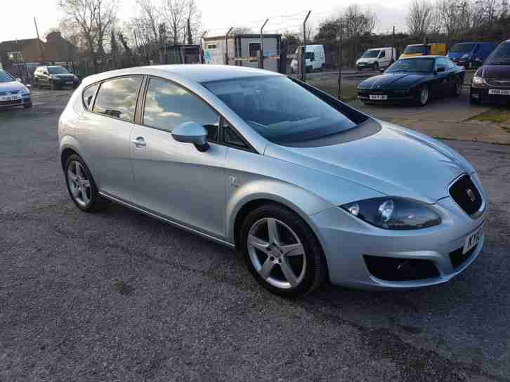 seat very nice 2010 leon 1 4 tsi petrol turbo 123 bhp 6. Black Bedroom Furniture Sets. Home Design Ideas